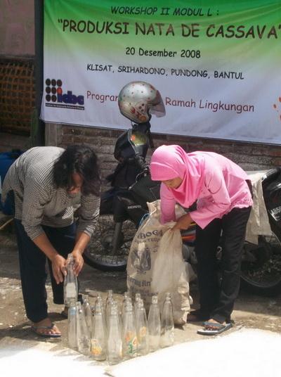 usaha kecil menengah-pemanfaatan limbah-pelatihan-produksi nata de soya-nata de cassava-nata de coco